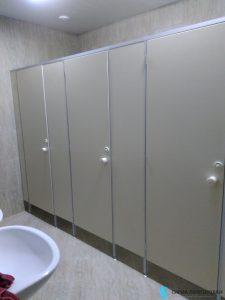 Туалетные кабинки – пример работ